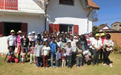 Ambiance festive au centre de nutrition Mahereza